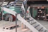 escalier-1-4-tournant-acier-sur-mesure-31