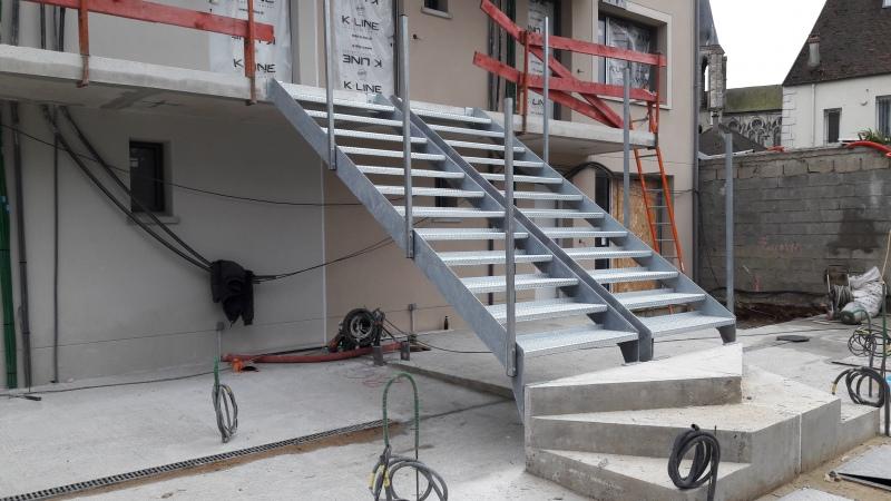 escalier-acier-galva-exterieur-5