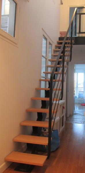 escalier-droit-de-couloir-marche-hetre-1