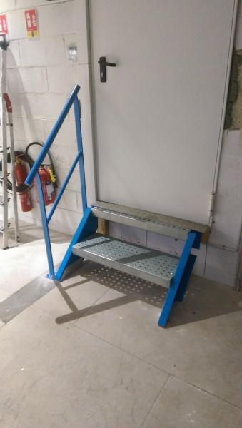 escalier-droit-industrielle-