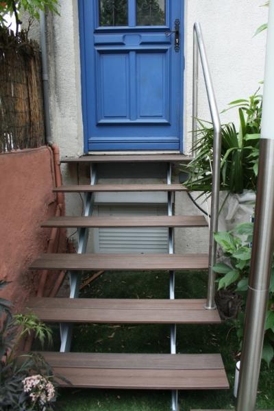 escalier-extérieur-acier-marche-bois-3